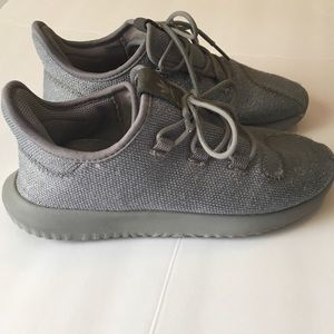 Adidas Gray Tubular Shoes Size 3